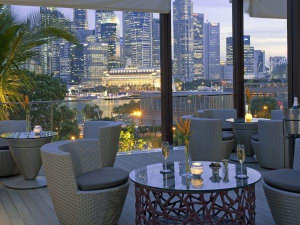 Mandarin Oriental Singapore restaurant bay lounge