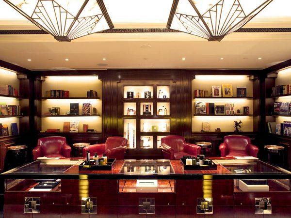 Mandarin Oriental hong kong barber reception