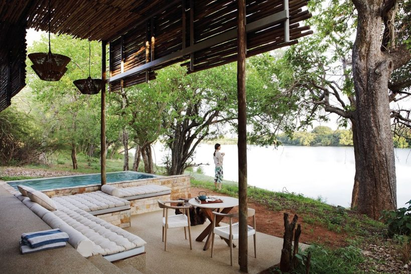 Matetsi River Lodge Family Suite Outdoors