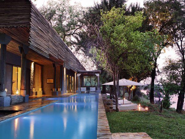 Matetsi River Lodge pool