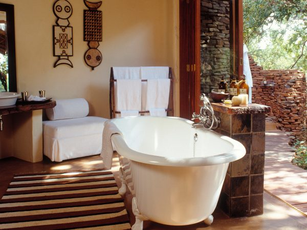 Sanctuary Makanyane Safari Lodge bathroom