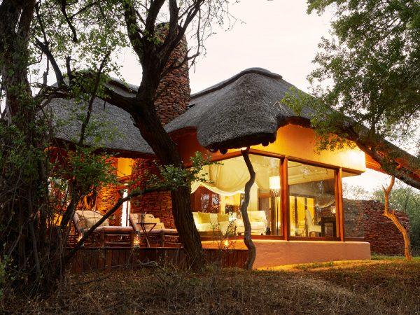 Sanctuary Makanyane Safari Lodge luxury Exterior