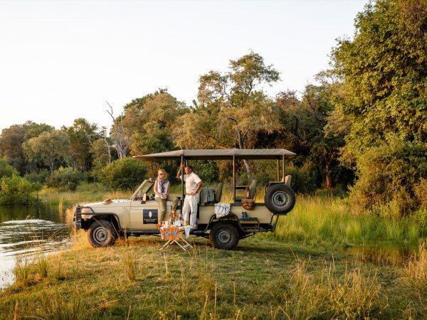 Sanctuary Sussi & Chuma vehicle safari