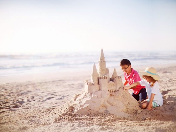 The Ritz Carlton Al Hamra Kids club