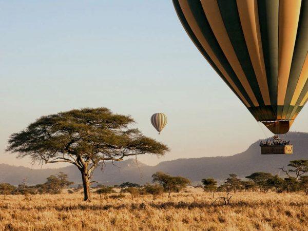 Serengeti-Hot-Air-Balloon-tanzania