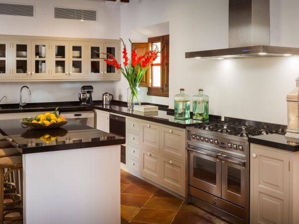 Son Bunyola Terra Rotja kitchen shared spaces