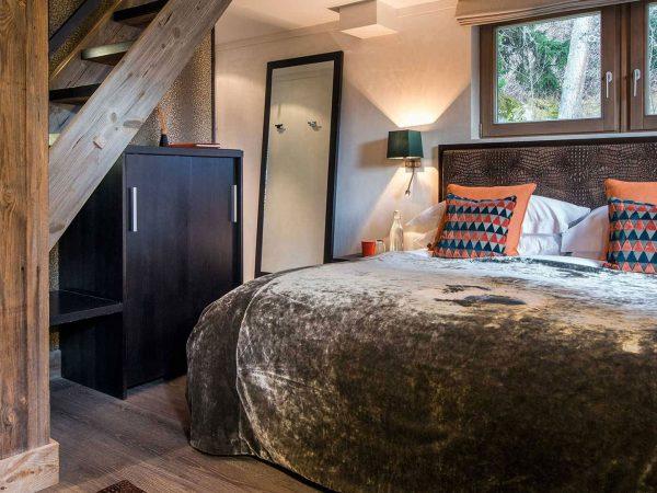 The Lodge Switzerland Bedroom