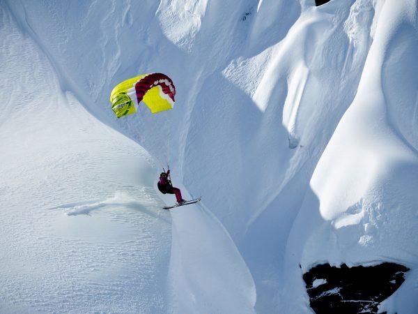 The Lodge Switzerland Paragliding