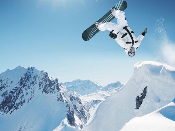 The Lodge Switzerland Snow boarding