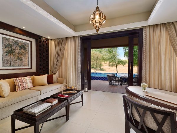 The Ritz Carlton AL Wadi Desert Lining room