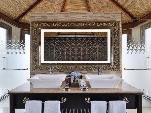 The Ritz Carlton Al Hamra Beach Bathroom