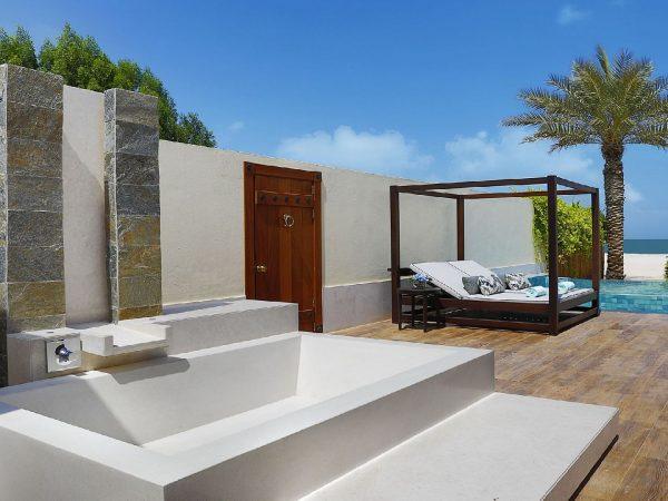 The Ritz Carlton Al Hamra Beach Outdoor Bath