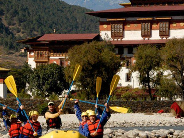 COMO Uma Punakha Water Rafting
