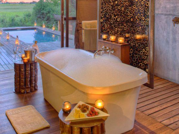 Xudum_Okavango_Delta_Lodge_Ensuite_Bathroom
