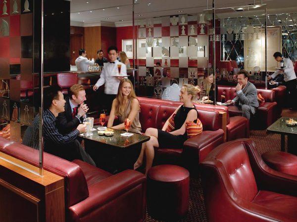 mandarin oriental Hong Kong captain's bar