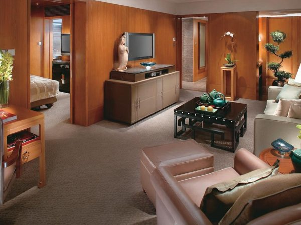 mandarin oriental Hong Kong city view suite