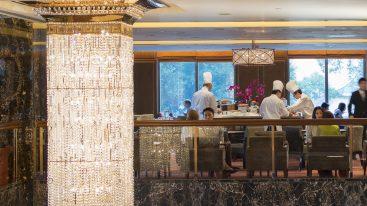 mandarin oriental Hong Kong clipper lounge