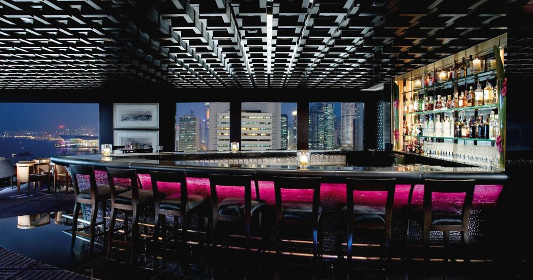 mandarin oriental Hong Kong m bar