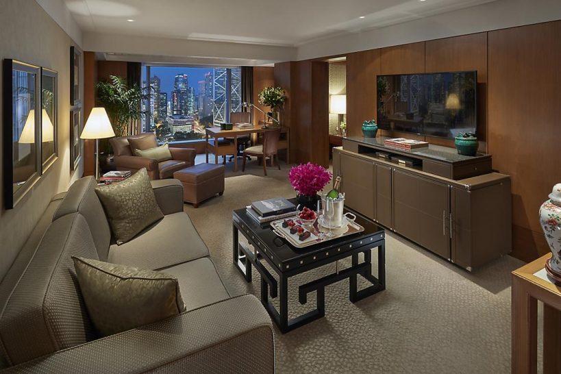 mandarin oriental Hong Kong statue square view suite