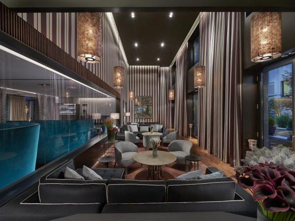 Mandarin Oriental Milan lounge