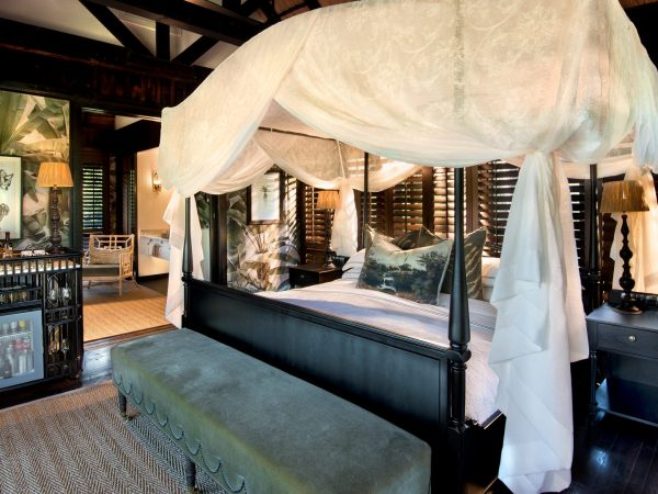 AndBeyond-phinda-vlei-lodge-guest-suite-bed