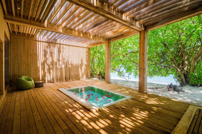 Amilla Fushi Spa pool