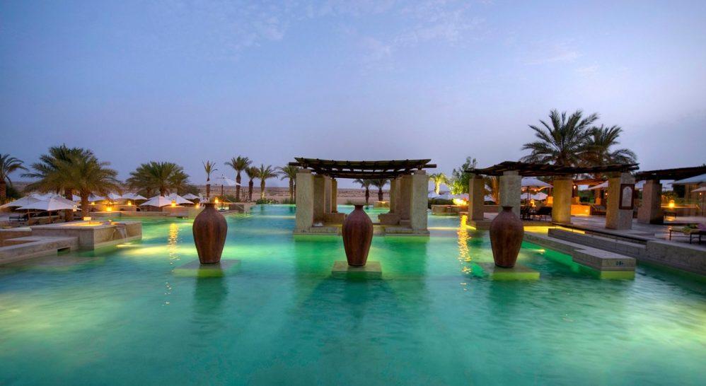 Bab Al Shams Desert Resort Pool