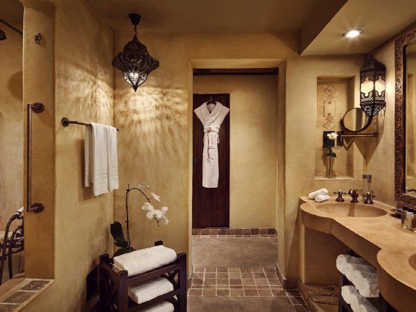 Bab Al Shams Superior Bathroom