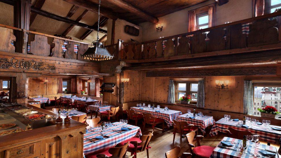 Badrutts Palace Hotel Chesa Veglia Pizzeria Heuboden