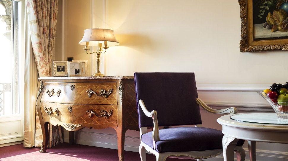 Bellevue Palace junior suite