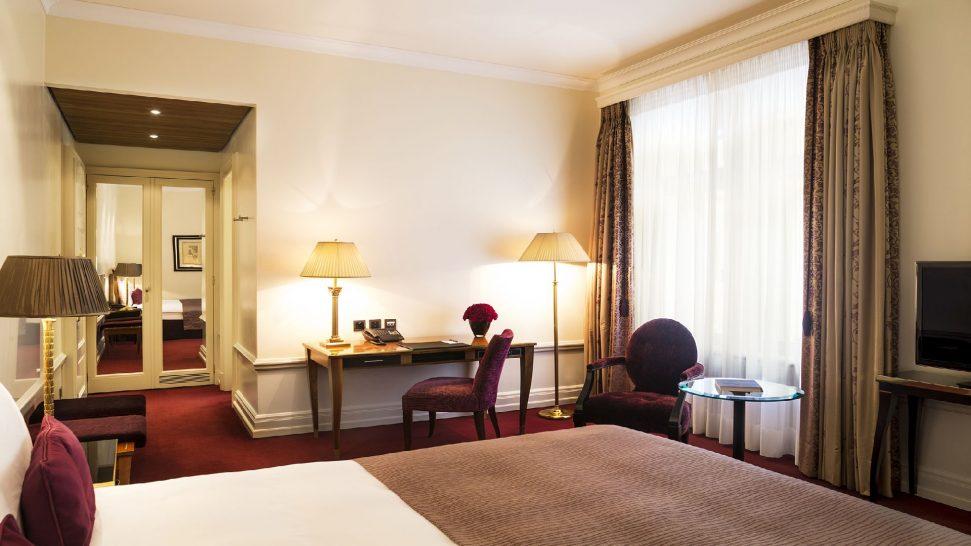 Bellevue Palace standard Single Room