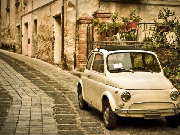 Belmond Villa Sant Andrea Fiat 500 Tour
