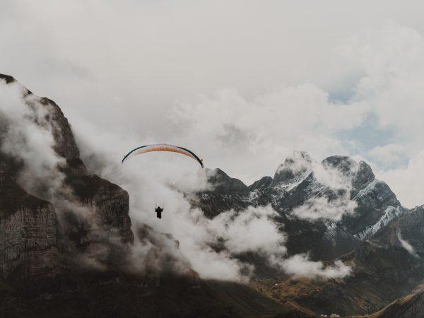 Carlton Hotel St. Moritz Paragliding