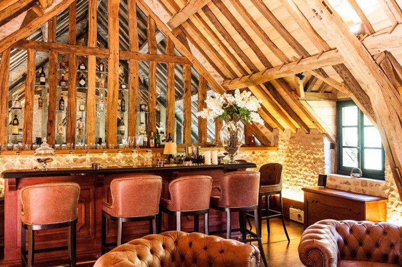 Chateau du Coudreceau Estates Main Bar