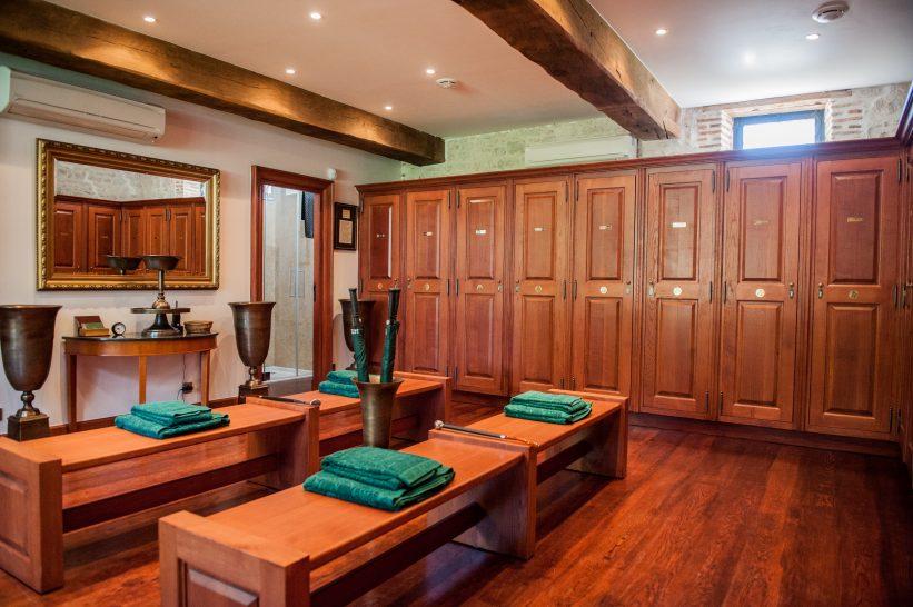 Chateau du Coudreceau Golf Locker Room