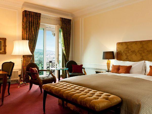 Bellevue Palace Deluxe double bedroom