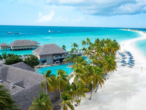 Finolhu Sandbank and Beach Club