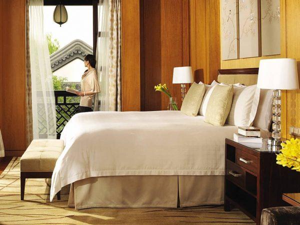 Four Seasons Hotel Hangzhou at West Lake Panorama Garden Terrace Room