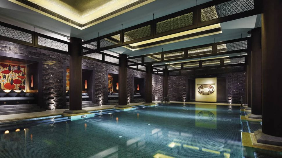 Four Seasons Hotel Hangzhou at West Lake pool