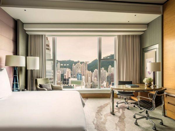 Four Seasons Hotel Hong Kong Deluxe Peak View Room