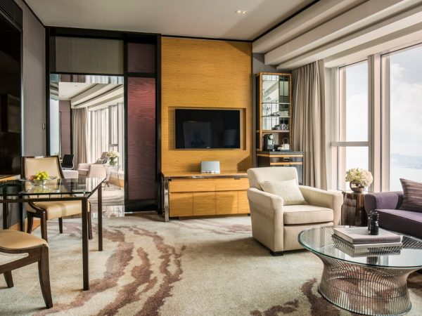 Four Seasons Hotel Hong Kong Grand Harbour View Suite