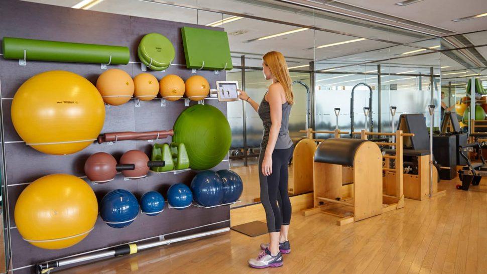 Four Seasons Hotel Hong Kong Gym