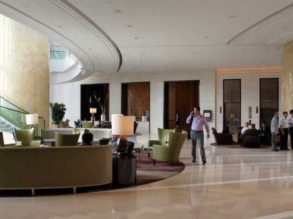 Four Seasons Hotel Hong Kong Loobby View