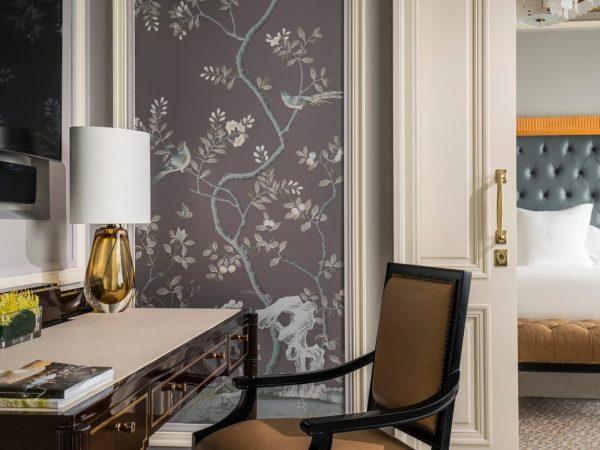 Four Seasons Hotel Jakarta Executive Deluxe Suite