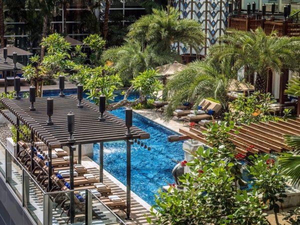 Four Seasons Hotel Jakarta Pool