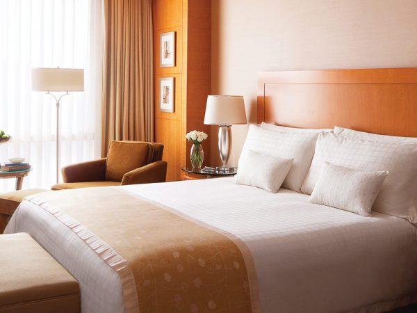 Four Seasons Hotel Mumbai Deluxe Room