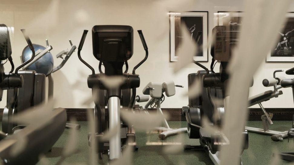 Four Seasons Hotel Mumbai Gym