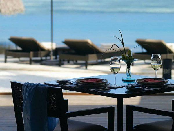 Four Seasons maldives at kuda huraa Cafe Huraa