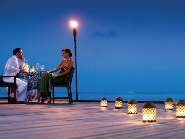 Four Seasons maldives at kuda huraa Pool island dinner