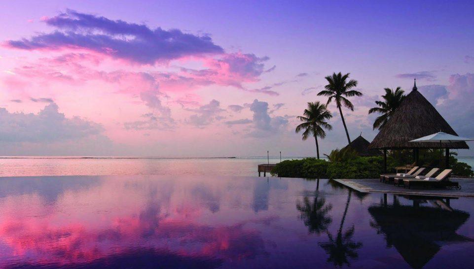 Four Seasons maldives at kuda huraa Serenity pool
